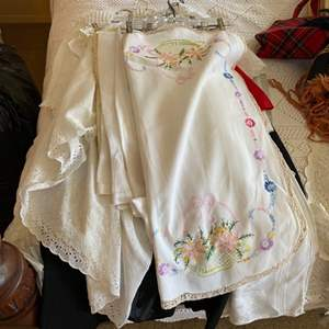 Lot # 274 - Vintage and stitched linens