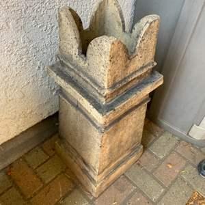 Lot # 293  - English chimney pot
