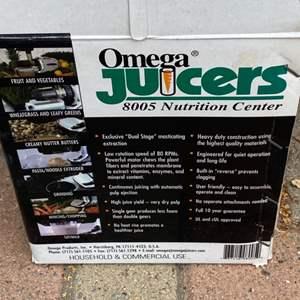Lot # 302 - Omega Juicer