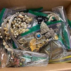 Lot # 323 - Box of vintage necklaces