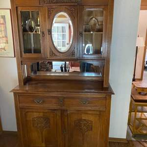 Lot # 146 - Quality antique hutch with beveled glass