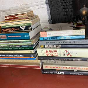 Lot # 202 - A collection of books