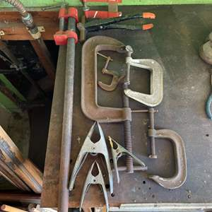 Lot # 270 - Vises and clamps