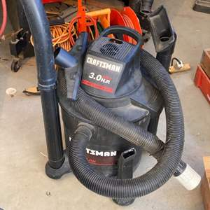 Lot # 19 - Craftsman 3 hp wet/dry vac