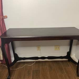 Lot # 110 - Hall table