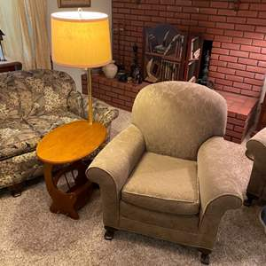Lot # 192 - Chair and side table with lamp