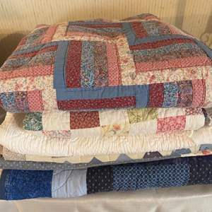 Lot # 280 - Several machine sewn quilts