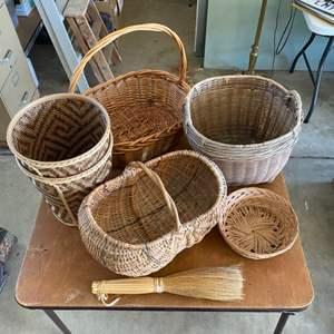 Lot # 289 - Baskets
