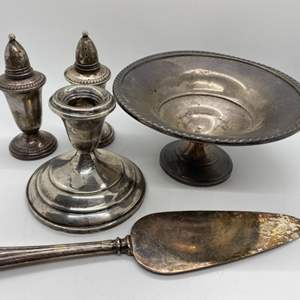 Lot # 293 - Weighted Sterling silver items (840g total weight)