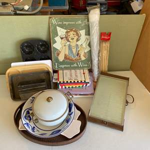 Lot # 295 - Misc items