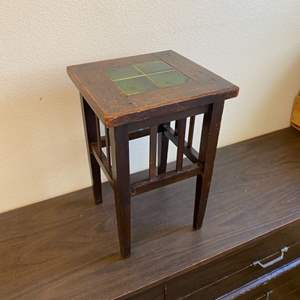 Lot # 298 - Arts+Crafts Tile top table