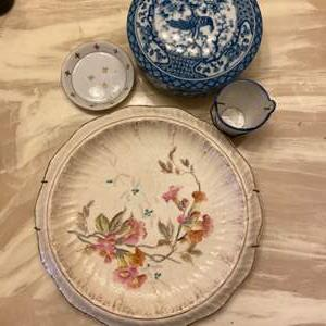 Lot # 332 - Collector plates and other porcelain pieces
