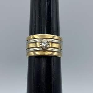 Lot # 4 - 14 karat gold ring with diamond (7.6g)