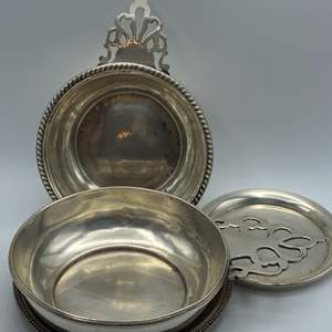 Lot # 25 - Sterling serving pieces (336.6g)