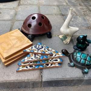 Lot # 48 - Vintage yard items