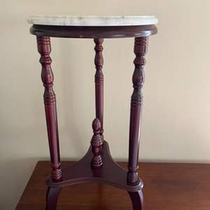 Lot # 126 - Round marble top table