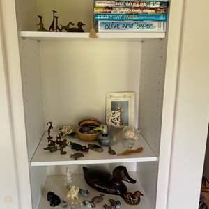 Lot # 153 - Shelf contents