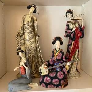 Lot # 162 - 4 Asian figurines