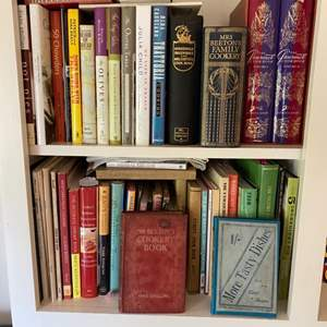 Lot # 169 - Antique and modern cook books