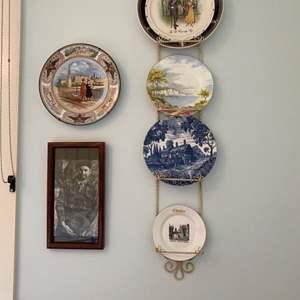 Lot # 189 - Wall Decor