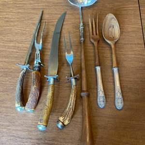 Lot # 229 - Vintage serving pieces