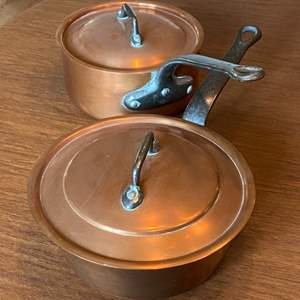 Lot # - 232 - Two copper pans one is Bonjour France