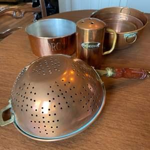 Lot # 236 - Copper kitchen items