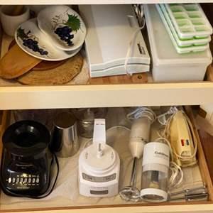 Lot # 264 - Kitchen appliances