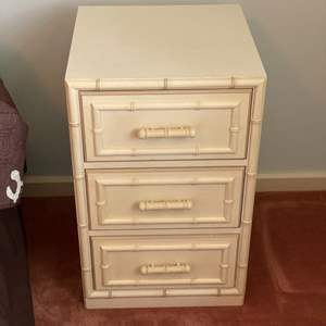 Lot # 273 - Mid century Dixie Aloha 3-drawer chest