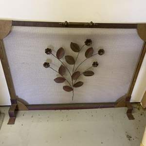 Lot # 293 - Copper Arts + Crafts hand tooled Fireplace screen