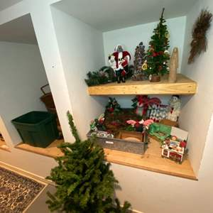 Lot # 311 - Christmas goods