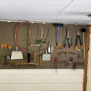 Lot # 313 - Tools