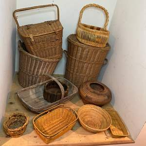 Lot # 324 - Baskets