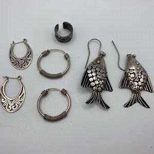 Lot # 1 - Sterling earrings (17.0g)