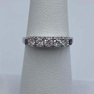 Lot # 22 - Platinum ring, .35 ctw diamond, size 6