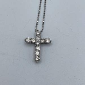"Lot # 29 - Platinum necklace and pendant, .80ctw diamonds, 16"""