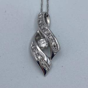 """Lot # 30 - Platinum necklace and pendant with .45 ctw diamond, 16"""""""
