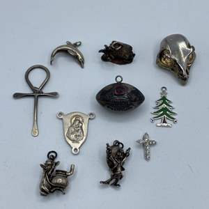 Lot # 48 - Sterling charms (33.7g) most hallmarked