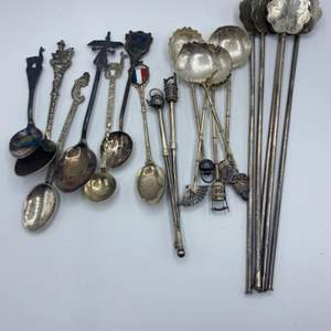 Lot # 57 - Sterling collector spoons (100.7g)