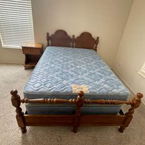 Lot # 32 - Full Size Bed with Head and Foot board, Side Table with Bed Quilt