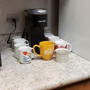 Lot # 41 - Keurig Coffe Maker and Coffe Mugs