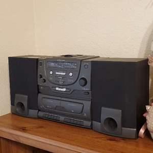 Lot # 54 - Sound System