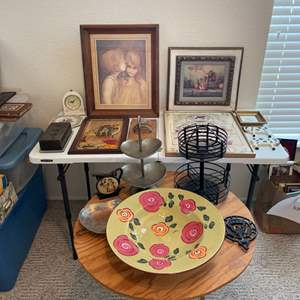 Lot # 60 - Assorted Home Decor Pictures