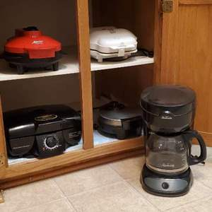 Lot # 66- Kitchen Appliances