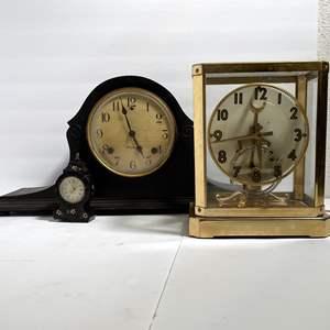 Lot # 27 - Shelf/Mantle Clocks (Providence, United Unitime Art Deco Model 999 Hollywood Regency)
