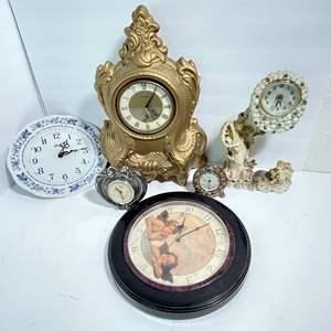 Lot # 32 - Clocks Clocks Clocks!