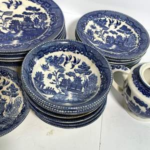 Lot # 42 - Blue Willow Set (Occupied Japan)