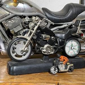 Lot # 74 - Harley Davidson Models and Books