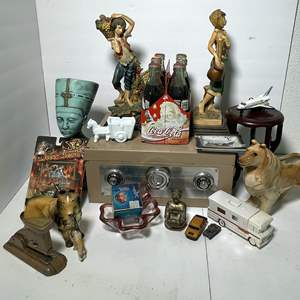 Lot # 76 - Decor Items and a Really Cool Lockbox!