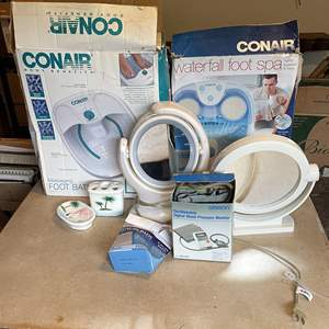 Lot # 82 - Lighted Vanity Mirror and Magnified Mirror, (2) Conair Foot Baths and More